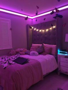 Neon Bedroom, Room Design Bedroom, Room Ideas Bedroom, Bedroom Inspo, Chill Room, Cozy Room, Bedroom Decor For Teen Girls, Teen Room Decor, Pinterest Room Decor