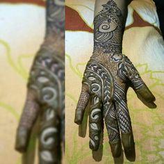 huma khan designs