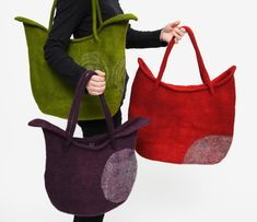 LEIKO FELT gallery ー内山礼子ー pretty tulip wet felt bag design to make