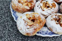 Lemon and Marzipan Buns Marzipan Recipe, Best Butter, Artisan Bread, Bagel, Buns, Doughnut, Donuts, Breads, Lemon