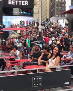 Ozman SWT 2017 Öğrencilerimizden Nurcan Soyluer / Times Square, New York City, NY
