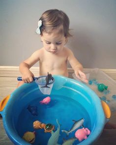 Teaching about God& creation - aquatic animals - - Baby Learning Activities, Activities For 1 Year Olds, Nursery Activities, Montessori Activities, Infant Activities, Activities For Kids, Baby Sensory Play, Baby Play, Montessori Baby