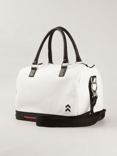 http://www.farfetch.com/be/shopping/women/the-sneakebag-contrast-panel-bowling-bag-item-10988433.aspx?storeid=9336
