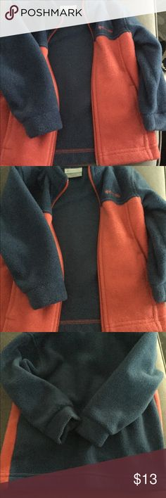 Columbia polyester jacket 18-24 months Almost new Columbia fleece / polyester jacket perfect for layer or cool day Columbia Jackets & Coats