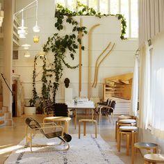 フィンランドのデザインの巨匠「アルヴァ・アアルト(Alvar Aalto)」のアトリエをレポートします。