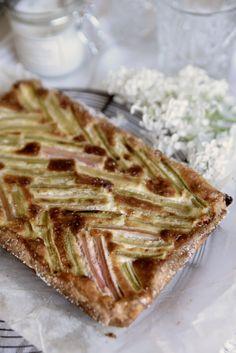 Scandinavian Food, Pesto, Bread, Desserts, Mascarpone, Tailgate Desserts, Deserts, Brot, Postres