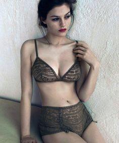 Model Amber AndersonForEres ParisByPhotographerCamilla Akrans