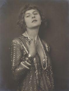 Female study, 1915 (George Herbert)