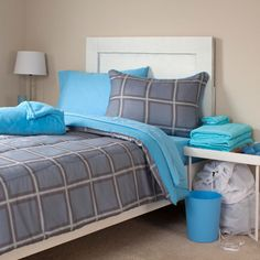 Lavish Home - Venice 22-Piece XL Twin Reversible Dorm Set in Multicolor