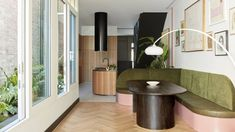 The 9 Kitchen Trends We Can't Wait to See More of In 2020 - Emily Henderson - The 9 Kitchen Trends We Can't Wait to See More of In 2020 – Emily Henderson The Effective Pictu - Light Wood Kitchens, Kitchen Trends, Wood Cabinets, Design Trends, Interior Design, Home Decor, Kitchen Banquette, Kitchen Nook, Kitchen Stuff