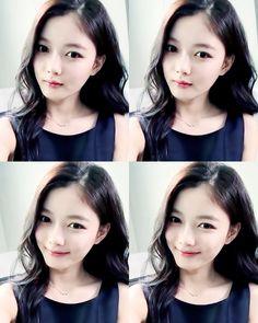 990922 :: 160619 인스타그램 김유정 캡쳐 움짤                                                                                                                                                                                 More Korean Beauty, Asian Beauty, Kim Joo Jung, Moonlight Drawn By Clouds, Cute Korean Girl, Child Actresses, Exotic Beauties, Bo Gum, Girl Day