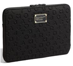 68ffabd932b Marc Jacobs Funda Laptop 13 Pulgadas Negro Relieve Neopreno en Mercado Libre  México