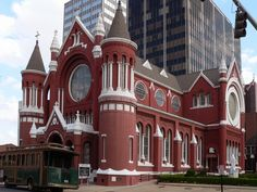 Shreveport LA Attractions | Picture - The ornate Holy Trinity Catholic Church, Shreveport.