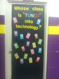 Door idea for computer lab. Elementary Computer Lab, Computer Lab Classroom, Computer Class, Computer Science, Computer Literacy, Computer Teacher, Elementary Schools, Computer Lessons, Technology Lessons