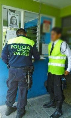 Detienen a menor que vestía de oficial de tránsito en San José
