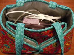 Travel Iron Caddy - Free pattern for a combination iron caddy / ironing pad.