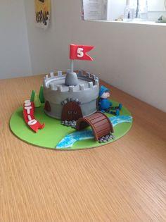 Stig 5 jaar . Knight cake.