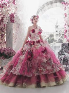 MaySociety — 32 Colorful Wedding Dresses by Stella De Libero Wedding Dress Patterns, Colored Wedding Dresses, Beautiful Costumes, Beautiful Gowns, Elegant Dresses, Pretty Dresses, Fairytale Gown, Fantasy Gowns, Gown Pattern