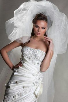 Ali Al Khechen, Orkalia Haute Couture Bridal Collection, bride, bridal, wedding, noiva, عروس, زفاف, novia, sposa, כלה, abiti da sposa, vestidos de novia, vestidos de noiva, boda, casemento, mariage, matrimonio, wedding dress, wedding gown.