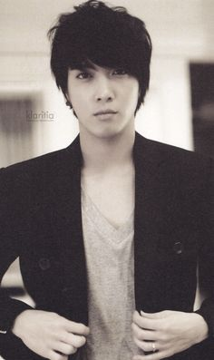 The other Bae  : Jung Yonghwa (CNBLUE) Come visit kpopcity.net for the largest discount fashion store in the world!!