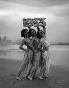1930's | friends | sirens | black & white vintage photography | fun | silly | strike a pose | vintage beauties | beauty | seaside | reflection | barefoot and free | freedom | girlfriends | www.republicofyou.com.au