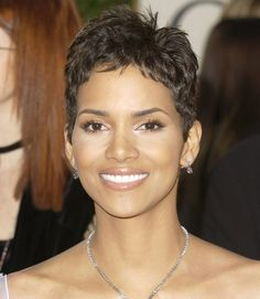 Pin by LASmiles - Alba Vasquez, DDS on Movies & Actors I Love | Halle berry hairstyles, Short ...