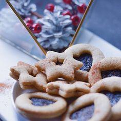Yummy Mummy Foodie: ALMOND LINZER / MANDLOVÉ LINECKÉ