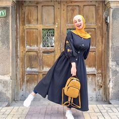 Muslim fashion 294211788159172322 - Muslim fashion 294211788159172322 Source by - Hijab Fashion Summer, Modest Fashion Hijab, Stylish Hijab, Hijab Style Dress, Modern Hijab Fashion, Modesty Fashion, Street Hijab Fashion, Hijab Fashion Inspiration, Modest Outfits Muslim