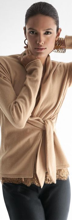 Madeleine is undergoing maintenance Mature Fashion, Passion For Fashion, Fall Winter Outfits, Autumn Winter Fashion, Madeleine Fashion, Cashmere Cardigan, Brown Fashion, Comfortable Fashion, Sweater Fashion