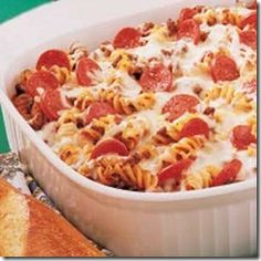 Pizza Pasta Casserole- yummy and super easy! use whole wheat pasta and turkey sausage to make it healthier