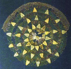 Hairnet from the last quarter of the 13th century. Middle or Lower Rhine region. 33cm in diameter, worked in green and white silk while the embroidery is worked in spun silk and gilded silver wrapped around a textile core. Currently in the Art Museum in Dusseldorf. Via a stitch in time.