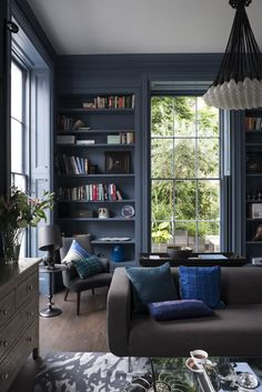 Gorgeous use of blues -amazing colour for Bloomsbury Living room ref: LivingEtc_Stuart&Cassie-183