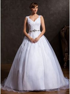 Ball-Gown V-neck Court Train Organza Wedding Dress With Ruffle Lace Beading