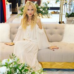 Rachel Zoe's Latest Covet Fashion Challenge - If you haven't downloaded Covet Fashion yet, you need to—Rachel Zoe just launched her latest challenge on the way fun app for the clothing-obsessed. This round, the task is to style a look for an up-and-coming star attending an awards show afterparty—aka the perfect way to gear up for Oscars weekend. Download the app here.