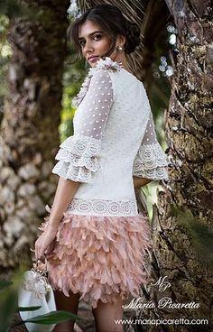 HONOLULU 590€ Flowery Dresses, Dressy Dresses, Fall Dresses, Cute Dresses, Short Dresses, Flower Girl Dresses, Fashion Themes, Women's Fashion Dresses, Birthday Outfit For Women