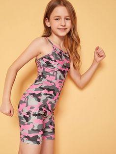 Cute Girl Dresses, Cute Girl Outfits, Kids Outfits, Mädchen In Leggings, Girls Leggings, Preteen Girls Fashion, Young Girl Fashion, Camo Outfits, Dance Outfits