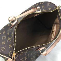 Louis Vuitton Bandoulier Speedy Bag – World Leather Design Louis Vuitton Handbags Black, Louis Vuitton Speedy Bag, Louis Vuitton Monogram, Cheap Handbags, Handbags Online, Purses And Handbags, Leather Design, Authentic Louis Vuitton, Handbag Accessories