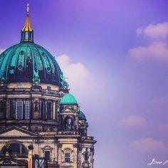 #berlin #berlinstyle #berlincity #dome #church #architecture #art #design #mycity #moods #sky #germany #Nikon #photographer #travel #trip #impressions #berlingram #ig_captures #ig_worldclub #ig_nature #world_captures #deemeraki #colorful #clouds