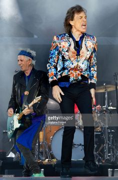 Mick Jagger and Keith Richards of The Rolling Stones perform live on stage at Old Trafford on June 2018 in Manchester, England. The Rolling Stones, Old Trafford, Mick Jagger, Elvis Presley, Waiting On A Friend, Keith Richards Guitars, Brazil People, Graydon Carter, Wedding People