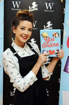 Zoe Sugg admits her book, Girl Online, was ghostwritten  - Cosmopolitan.co.uk