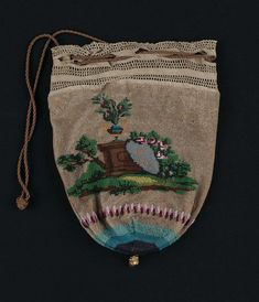 1810-1830, France - Round drawstring bag - Cotton crochet and glass beads and brass ornament; beadwork