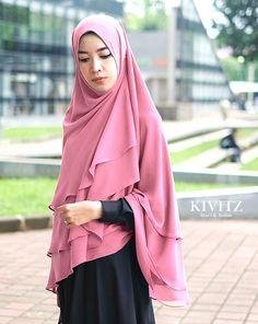Assalamu'alaikum Sejak berkembangnya busana muslimah 5 tahun terakhir ini, muncul beberapa istilah baru seperti hijab dan khimar. Kalau j...