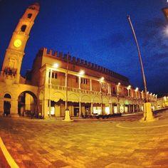 Piazza del Popolo, Faenza - Instagram by @supersonico