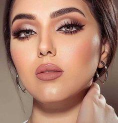 Fab makeup, perfection - beauty make up - Maquillaje Bride Makeup, Glam Makeup, Makeup Tips, Hair Makeup, Makeup Ideas, Makeup Products, Pink Lipstick Makeup, Neutral Eye Makeup, Makeup Hacks