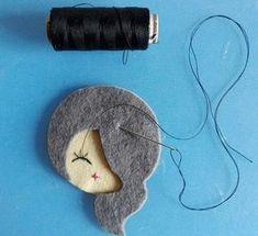 1 million+ Stunning Free Images to Use Anywhere Crochet Prayer Shawls, Barrettes, Felt Brooch, Felt Patterns, Sewing Dolls, Paper Flowers Diy, Doll Tutorial, Felt Dolls, Felt Art