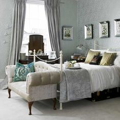 Bedroom Wallpaper Ideas | Damask patterened tone on tone gray/silver wallpaper that's perfect for a more traditional ..... Very pretty... 'Cherie