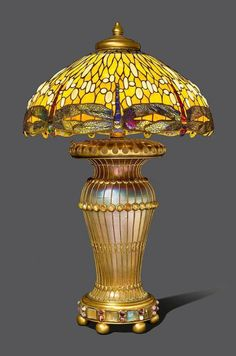 TIFFANY STUDIOS NEW YORK IMPORTANT, MONUMENTAL TABLE LAMP