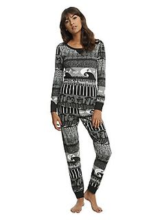 """<div>Just trying to keep warm, or need something super cute to sleep in while you wait for Sandy Claws? Either way, we've got you covered. This thermal set features a top and pant with a black and white fair isle <i>The Nightmare Before Christmas</i>print featuring bats, tombstones, jack o' lanterns and Jack & Sally.</div><ul><li style=""""list-style-position: inside !important; list-style-type: disc !important"""">60% cotton; 40% polyester</li><li style=""""list-style-position: inside..."""