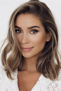 Long Wavy Ash-Brown Balayage - 20 Light Brown Hair Color Ideas for Your New Look - The Trending Hairstyle Brown Hair Balayage, Brown Blonde Hair, Light Brown Hair, Hair Color Balayage, Brunette Hair, Hair Highlights, Ombre Hair, Dark Blonde, Bronde Haircolor