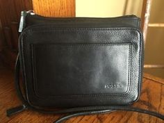 Fossil Black Leather Cross Body Messenger Bag Purse - Small
